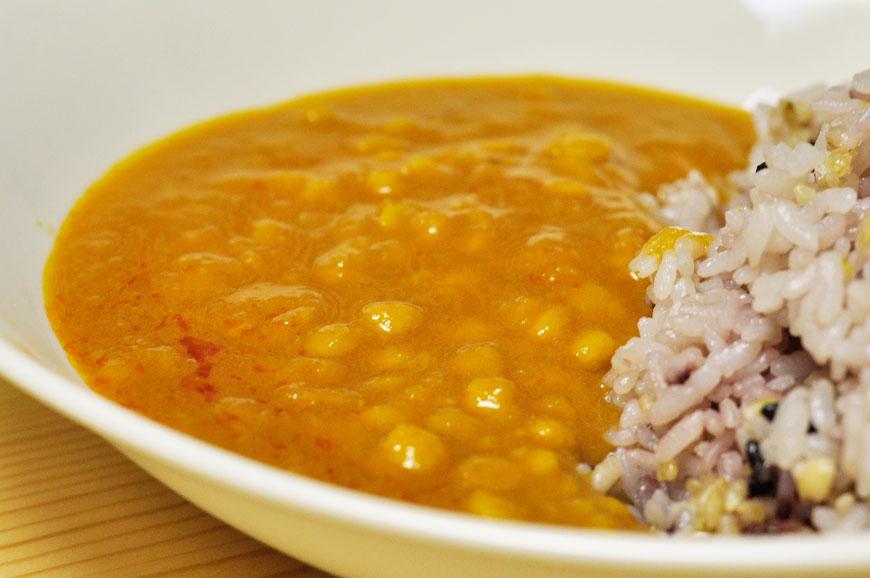 無印良品の美味しいランキングNo.3レトルトカレー「ダール(豆のカレー)」