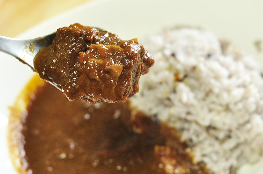 美味しい牛肉お肉。エチオピアのビーフカレー