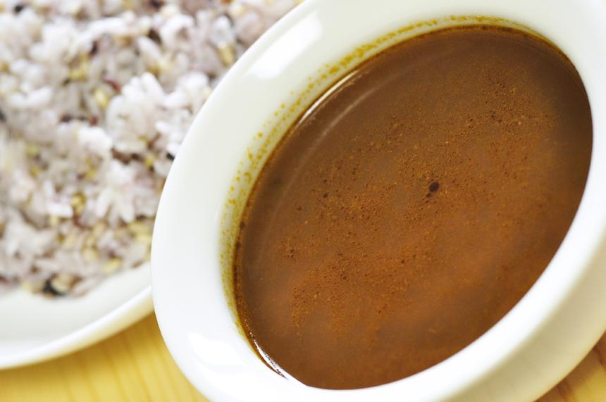 酸味が強いトマトスープ ラッサム