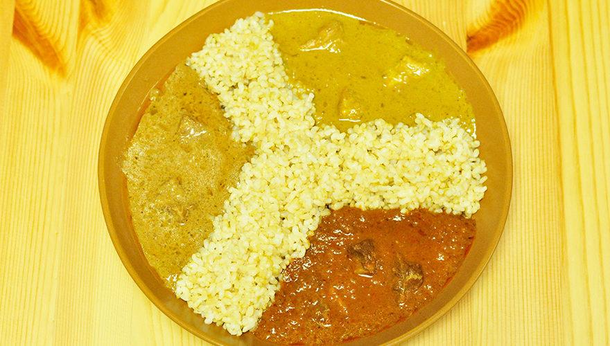 北インドのムガール料理のカレーを3種あいがけ