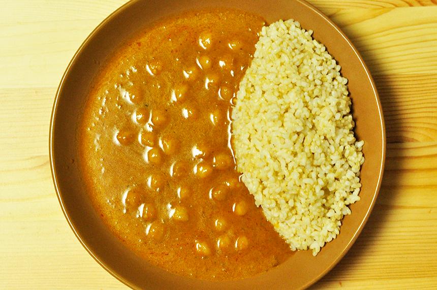 ホクホクひよこ豆のレトルトカレー