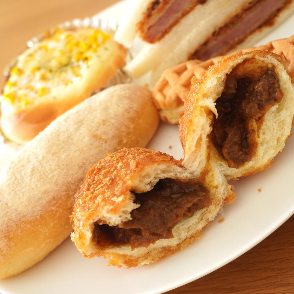 長楽製パンのカレーパン