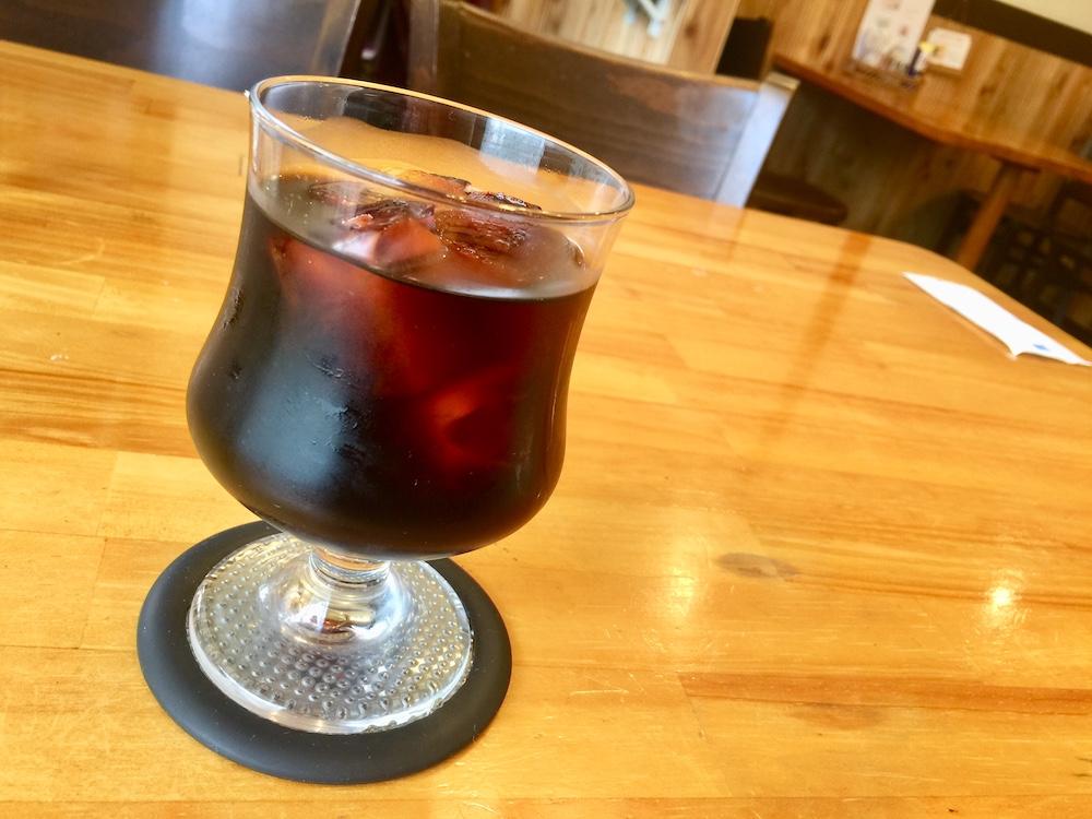 四つ木 喫茶店 チロル アイスコーヒー