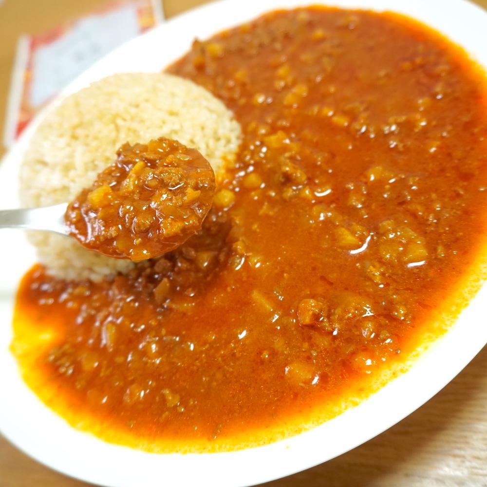 花椒とカレーの相性抜群。ご飯が進むレトルトカレーです。